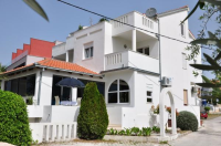 Apartmani Villa Pinocchio - Soba - Sobe Podstrana