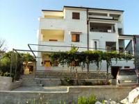 Apartmani Dinko - A4 - Sevid