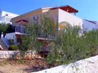 Apartmani Dinka - A2+2 - Sevid