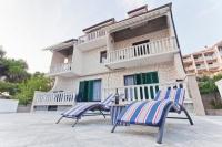 Apartmani Raljević - A8 - omis apartman za dvije osobe