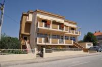 Apartments Amico - Trokrevetna soba s balkonom - Sobe Zadar