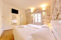 Idassa Palace - Dvokrevetna soba s bračnim krevetom i pogledom na more – Depandansa - zadar sobe