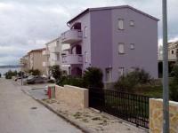 Apartments Teami - Apartment mit 2 Schlafzimmern, Terrasse und Meerblick - Povljana