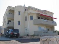 Apartments Marina - Apartman s 3 spavaće sobe, terasom i pogledom na more - Apartmani Novalja