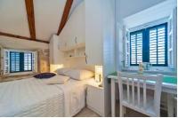 Ragusa City Walls Apartments - Dvokrevetna soba Deluxe s bračnim krevetom - Sobe Ploce