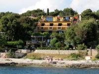 Apartments Figarola - Apartment mit 2 Schlafzimmern, Terrasse und Meerblick - Ferienwohnung Rovinj
