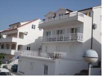 Apartments Kovačić - Apartman s 3 spavaće sobe i balkonom - Sobe Vela Luka