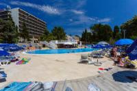 Hotel Drazica - Dvokrevetna soba s bračnim krevetom i balkonom s pogledom na more - Sobe Krk