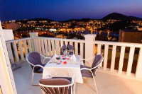 Apartment Denis - Two-Bedroom Apartment with Terrace and Sea View - dubrovnik apartment old city