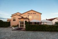 Villa Ana - Apartment mit 2 Schlafzimmern und Veranda - Ferienwohnung Krk