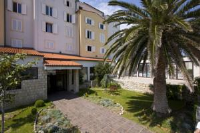 Hotel International - Family Room (2 Adults + 1 Child) - Rab