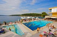 Horizont Resort - Apartment mit 2 Schlafzimmern undParkblick (6 Erwachsene) - Ferienwohnung Pula