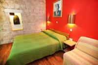 Domus Maritima - Dvokrevetna soba s bračnim krevetom - Sobe Trogir