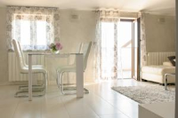 Apartments Dora - Two-Bedroom Apartment with Terrace and Sea View - Porec