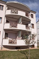 Apartments and Rooms Camaiore - One-Bedroom Apartment with Balcony - Apartments Rovinj