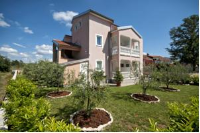Apartments Rajic - Two-Bedroom Apartment with Sea View - apartments in croatia