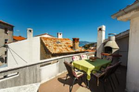 Apartments & Rooms Iva - Dvokrevetna soba s bračnim krevetom s balkonom - Vrbnik