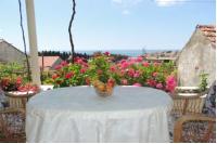 Guest House Luce - Dvokrevetna soba s bračnim krevetom i terasom s pogledom na more - Sobe Stari Grad