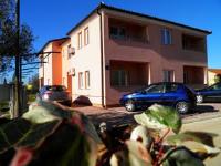Apartments Alen - Two-Bedroom Apartment with Balcony and Sea View - Apartments Fazana
