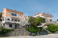 Apartments Komel - Comfort Two-Bedroom Apartment with Terrace and Sea View - Houses Stanici