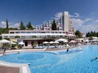 Valamar Rubin Hotel - Standard Dreibettzimmer mit Parkblick - Zimmer Porec