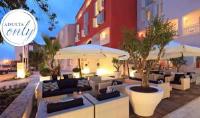 Valamar Riviera Hotel & Villa Parentino - Standardna dvokrevetna soba s bračnim krevetom ili 2 odvojena kreveta i pogledom na grad - Sobe Porec