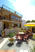 Guesthouse Hatman - Double Room with Shared Bathroom - Rooms Porec