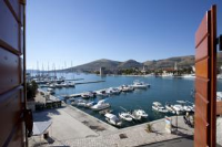 Apartments Riva - Studio with Sea View - apartments trogir
