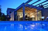 Villa Mirakul - Dvokrevetna soba s bračnim krevetom s pogledom na vrt - Sobe Sukosan