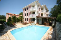 Apartments and Rooms Degra - Economy Two-Bedroom Apartment with Balcony - Houses Soline