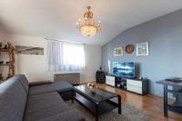 Apartment Aljinović - Apartment mit 3 Schlafzimmern und Terrasse - Ferienwohnung Podstrana