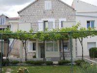 Apartment Kiriginac - Apartment - Ground Floor - apartments in croatia