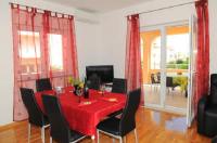 Apartments Anita - Trokrevetna soba - Sobe Stobrec