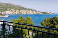 Apartments Bruno - Dvokrevetna soba s bračnim krevetom i balkonom s pogledom na more - Sobe Plitvica Selo