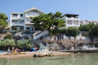 Apartments Agava-Mirjana - Double Room (2 Adults + 1 Child ) with Sea View - Rooms Zecevo Rogoznicko