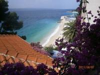 Guesthouse Seaview - Apartment mit 1 Schlafzimmer, Terrasse und Meerblick - Ferienwohnung Brela