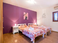 Guesthouse Hestia - Budget Double Room - Rooms Split