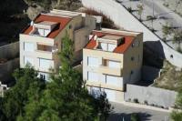 Apartments Villa Astra & Pinija - Apartment mit 2 Schlafzimmern, einem Balkon und Meerblick - Brela