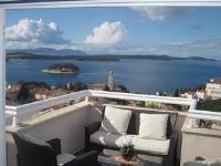 Apartments Kresic - Dvokrevetna soba s bračnim krevetom i balkonom s pogledom na more - Apartmani Hvar