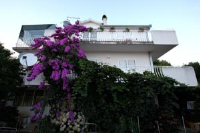 Apartments Marija - Two-Bedroom Apartment with Balcony and Sea View - Apartments Okrug Gornji