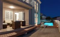 Apartments Gavran - Apartment mit 1 Schlafzimmer, Balkon und Meerblick - Sevid