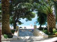 Beachfront Apartment - Apartman s 1 spavaćom sobom s balkonom i pogledom na more - Sobe Potok