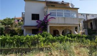 Apartments Periša - Two-Bedroom Apartment with Terrace - Apartments Jelsa