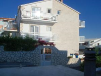 Apartments Radonic - Two-Bedroom Apartment with Terrace and Sea View - apartments in croatia