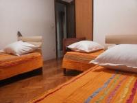 Apartments Roko - Apartment mit Balkon - Ferienwohnung Split