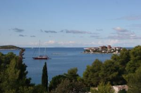 Villa Gamba - Two-Bedroom Apartment with Balcony and Sea View - Apartments Sevid