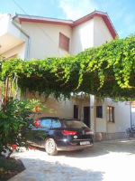 Apartments Sofija - Comfort One-Bedroom Apartment with Balcony - apartments trogir