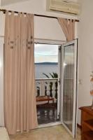 Apartment Palma - Apartment with Sea View - Okrug Gornji
