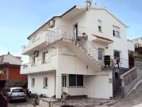 Apartment Trogir 4 - Three-Bedroom Apartment - apartments trogir