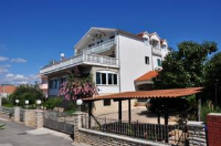 Apartments Kraljev - One-Bedroom Apartment with Patio - Apartments Biograd na Moru